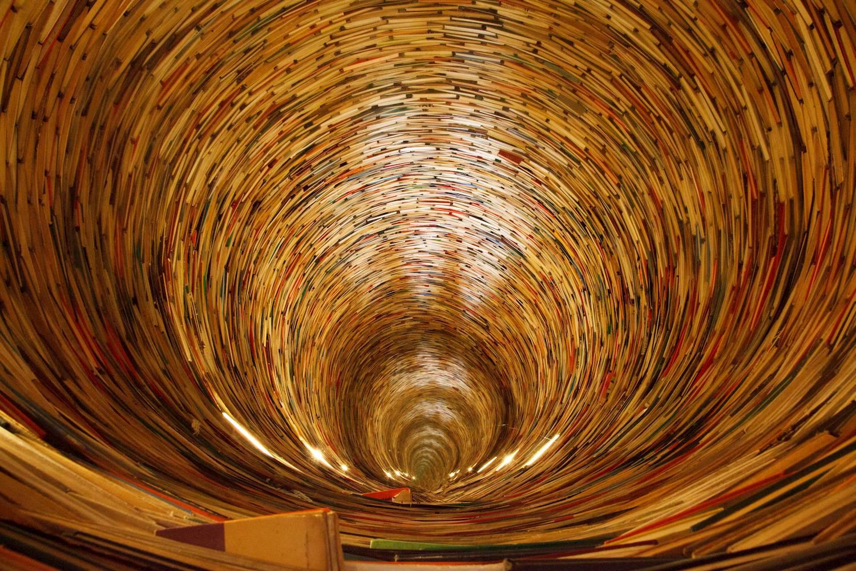 Tunnel de livres - spirale